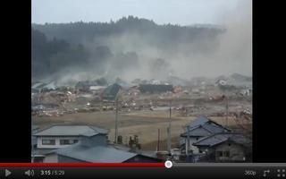 【東日本大震災】【津波】今迄見た中で一番衝撃的な大津波の映像.JPG